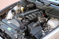 Moteur BMW 520ia de 1997