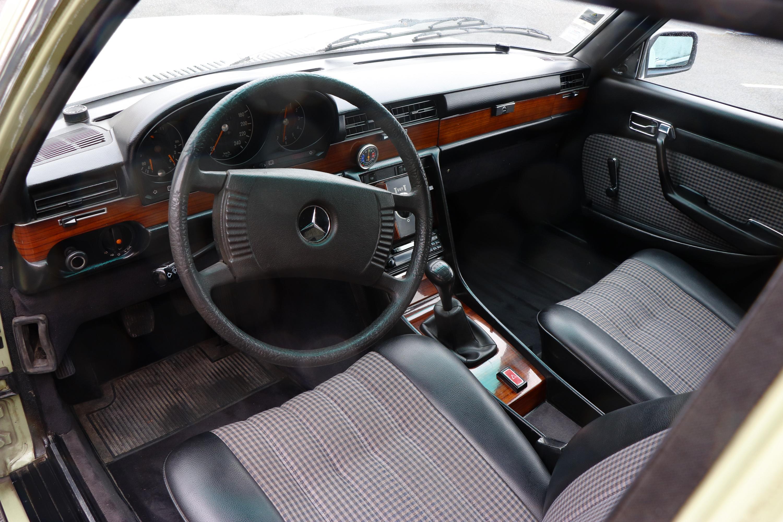 Intérieur Mercedes 280 SE de 1978