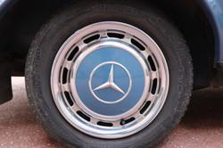 Enjoliveur Mercedes 200E de 1978
