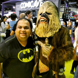 Batman meets Chewbacca #chewbacca #starwars #mefcc #comicon #comics #comicave #bat #batman #dccomics