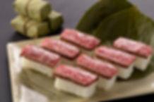 特選柿の葉肉寿司.jpg