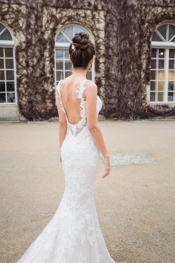 Brautfrisur hoher Dutt, hairbun, headpiece, Brautschmuck, Haarschmuck für die Hochzeit, brautmakeup, Make-up Artist berlin , Brautstyling in berlin