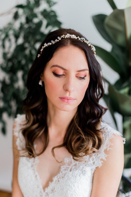 Haarschmuck für die braut, Brautschmuck berlin , Blumenkranz berlin , Blumen im haar , braut berlin , Brautstyling , braut make-up und Brautfrisur in berlin