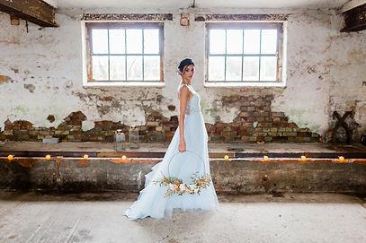 Brautstyling berlin, Hochzeitskleid , berlin braut , qaragma