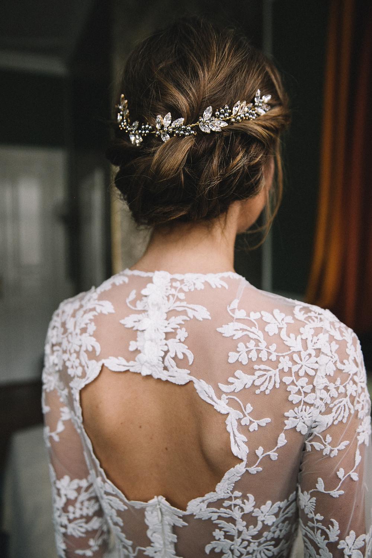 Getting Ready , Brautfrisur , Kokoro Berlin , Chignon , Weddinghair , Bridalhair , Haarschmuck , Brautschmuck , Hochsteckfrisur , mobiler Friseur berlin , Visagist für Hochzeit