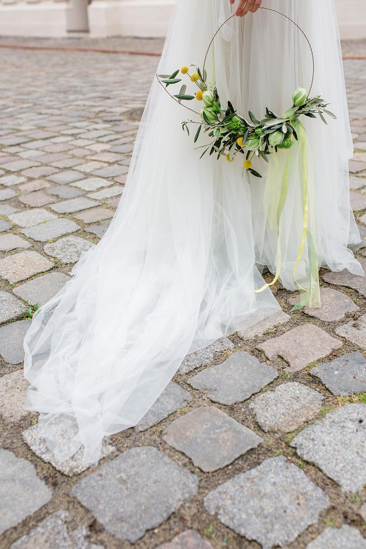 hoop bouquet , brautstrauss ,