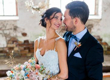 Eisblaues Styleshooting im Hochzeitswahn Magazin
