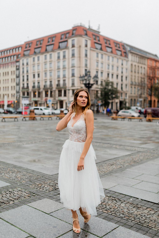 braut styling berlin , Gendarmenmarkt , styleshooting Hochzeit , Brautfrisur , brautmakeup , berlin Hochzeit
