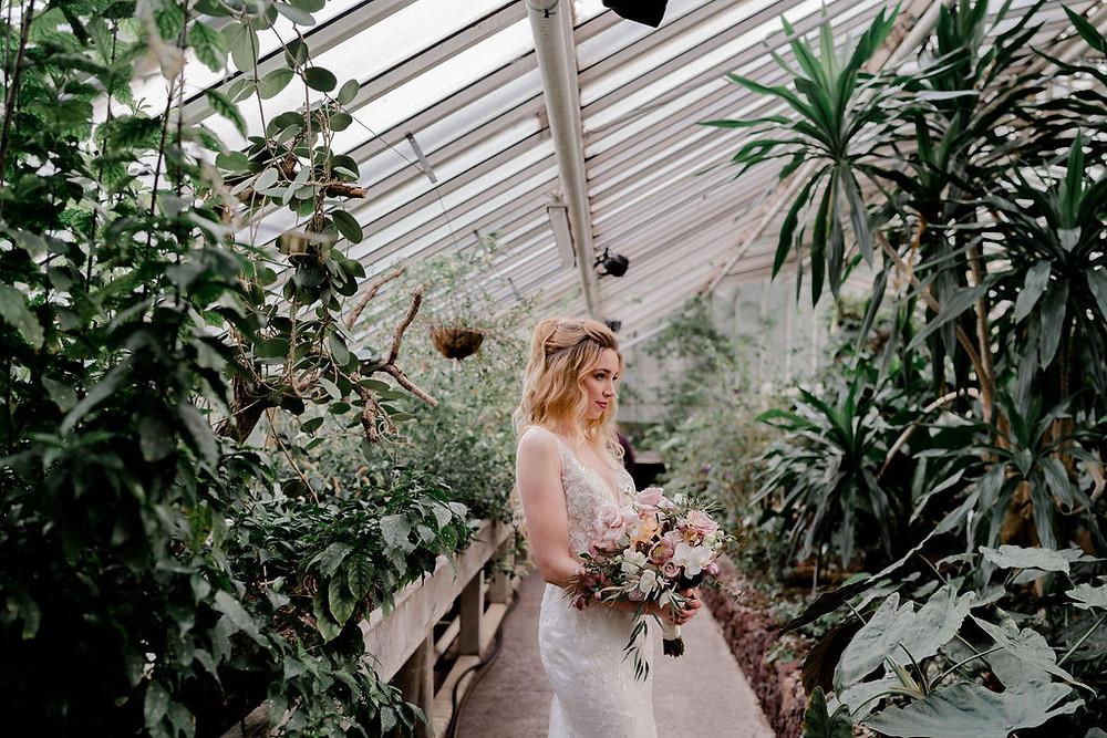 Brautstyling berlin, makeup artist berlin , friseur berlin, brautmakeup, Brautfrisur, Brautstyling, Hochzeit berlin , botanic bride