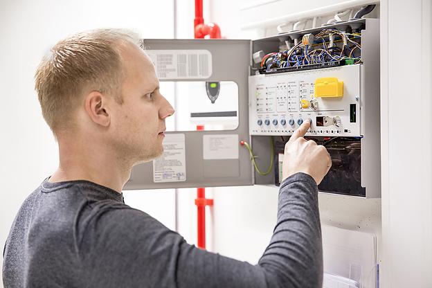técnico de manutenção de sistemas de segurança electrónica