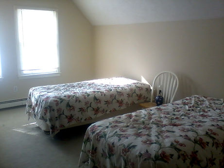 twin beds before.jpg