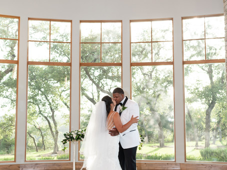 Canyonwood Ridge Wedding | Austin, TX | Bethany & Tim