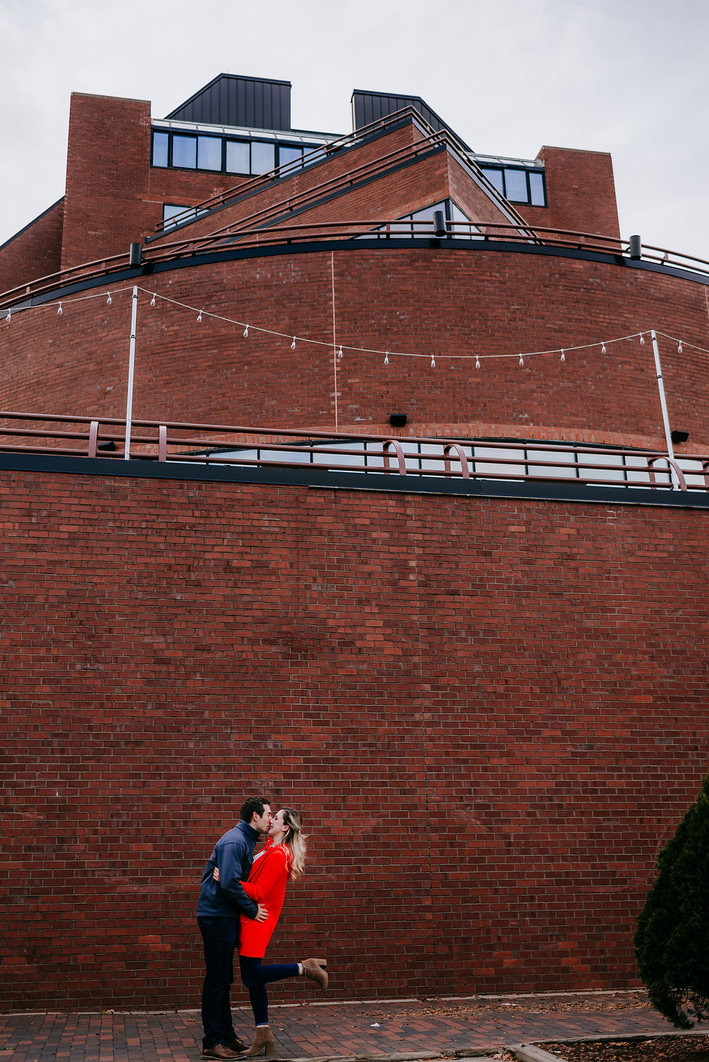engagement session at rowes wharf
