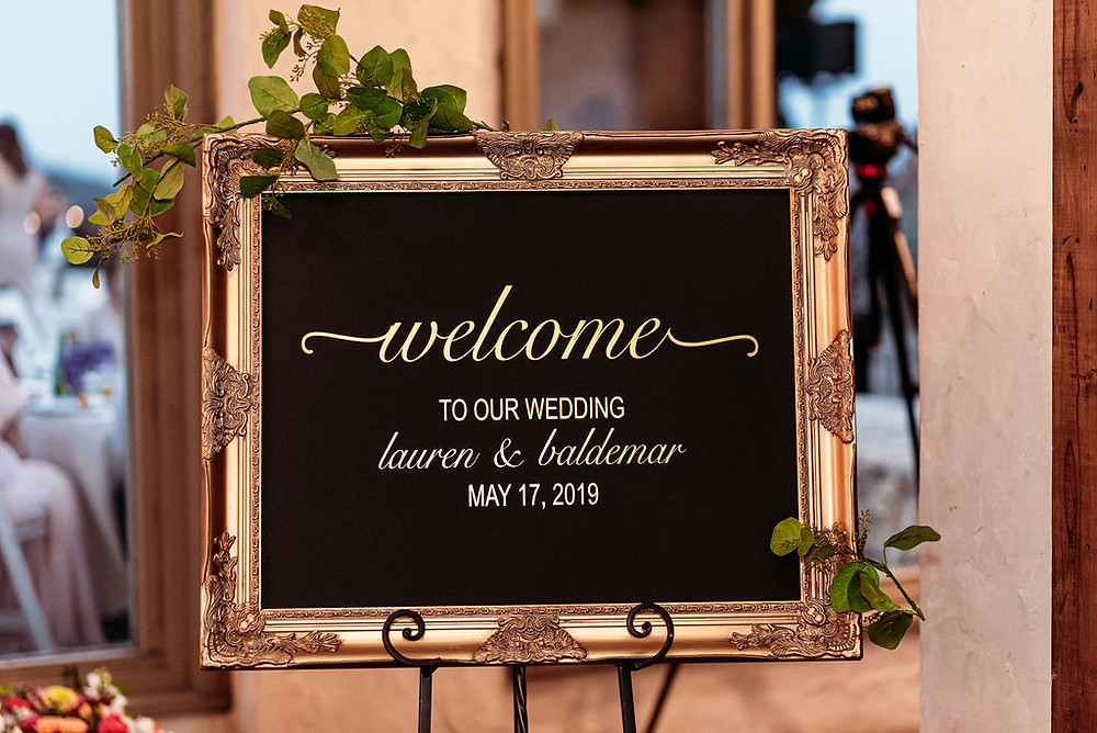welcome to wedding sign