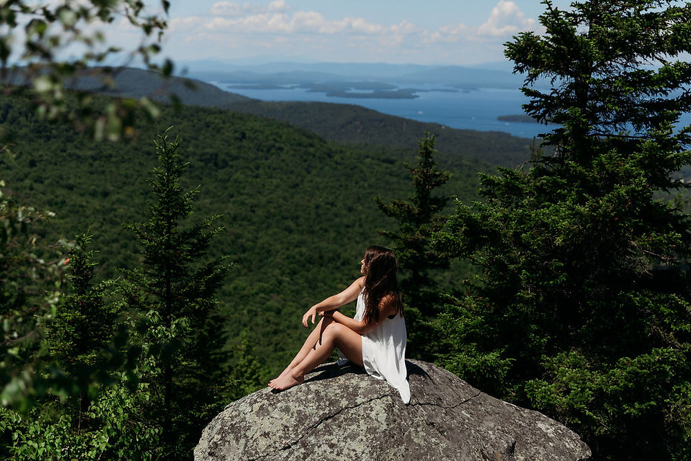 amazing adventure elopement location in new Hampshire on a mountain