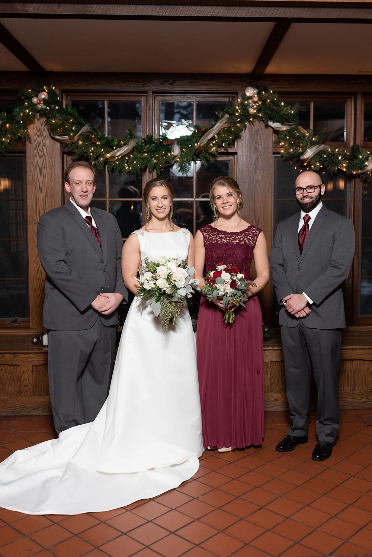 wedding party photo. hybrid bridesmaids and bridesmen