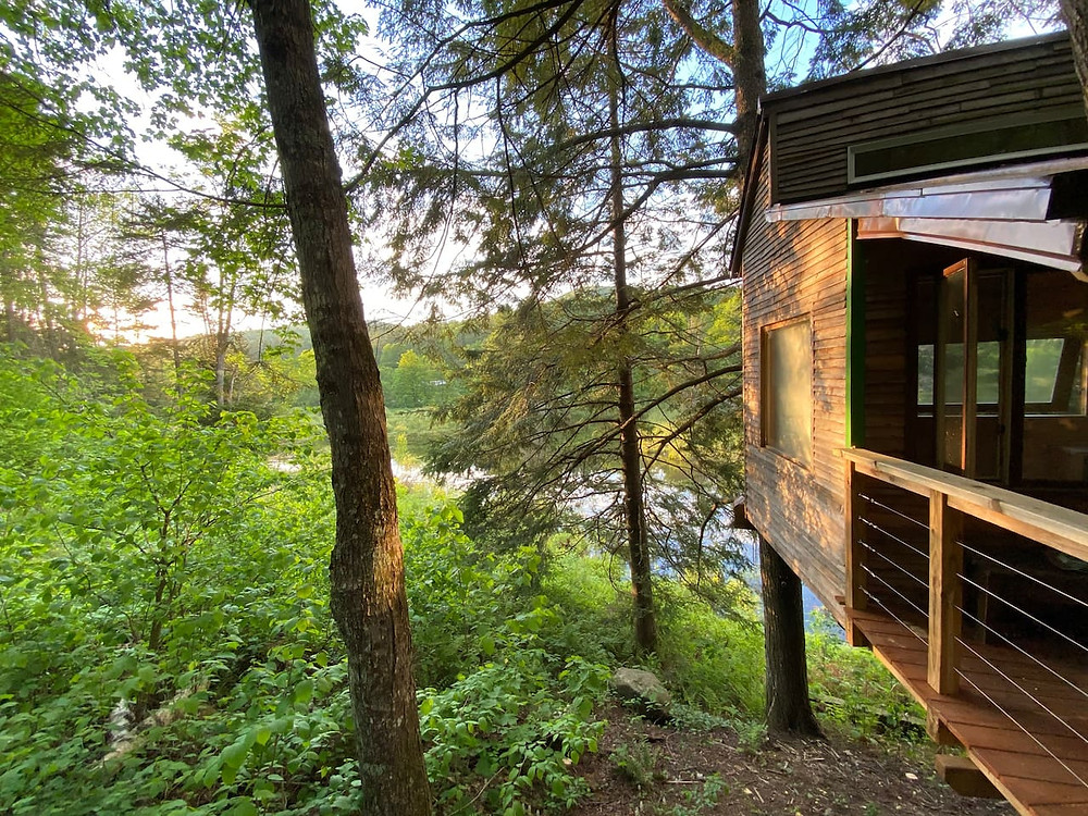 treehouse on the water in vermont