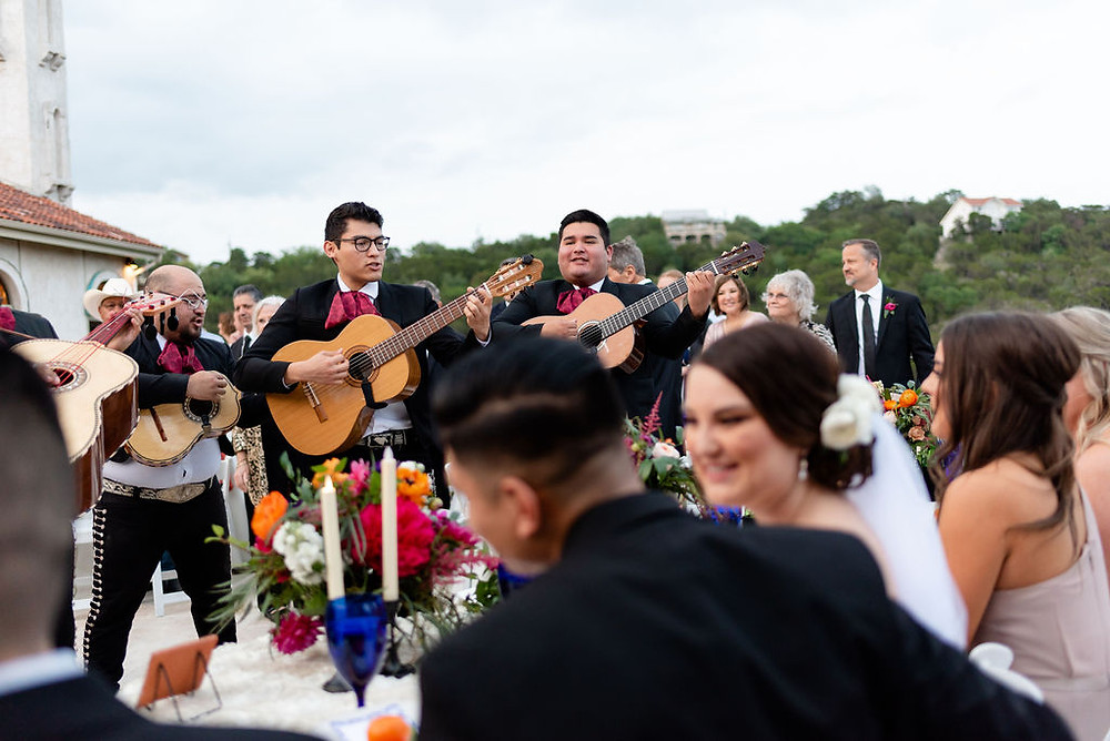 mariachi band at wedding at villa antonia