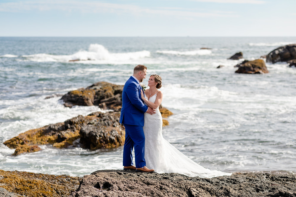 elopement on the coast of maine. york maine elopement