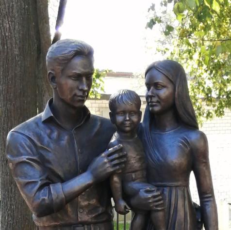 Памятник семье, г. Ковров