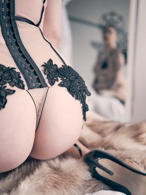 ass-lingerie-heels