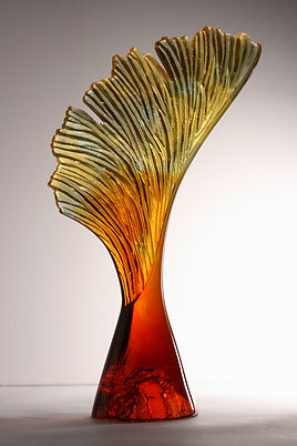 Crispian Heath, Seed 10,cast glass, hieg