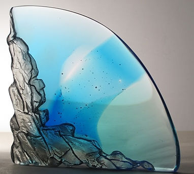 Cast glass, CRH 334, 19 X 19 X 7 cm