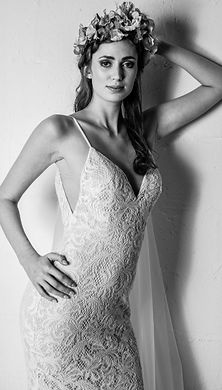 Nadine_lace_wedding_dress_derbyshirejpg.