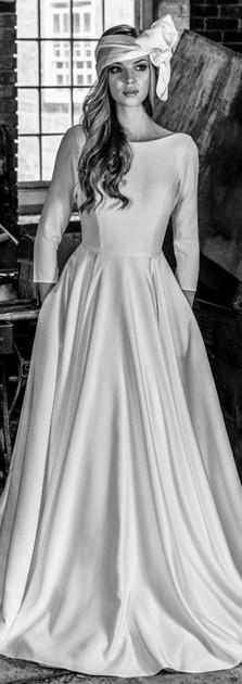 Miranda_top_bar_yes_bridal_studio_cromfo