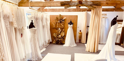 yes_bridal_studio_cromford_wedding_dress