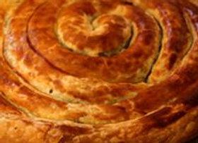 שבלול בצק עלים (חמאה) במילוי שרימפס , בייקון, ריקוטה ומנגולד / קוטר 26 סמ