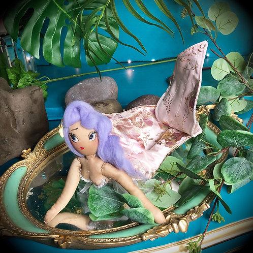 Princess Pearla De La Mer (Deluxe)