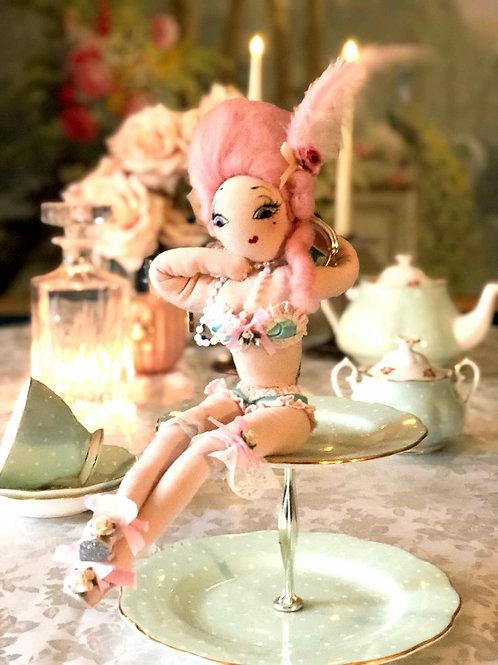 Ophelia Glittercake (Deluxe)