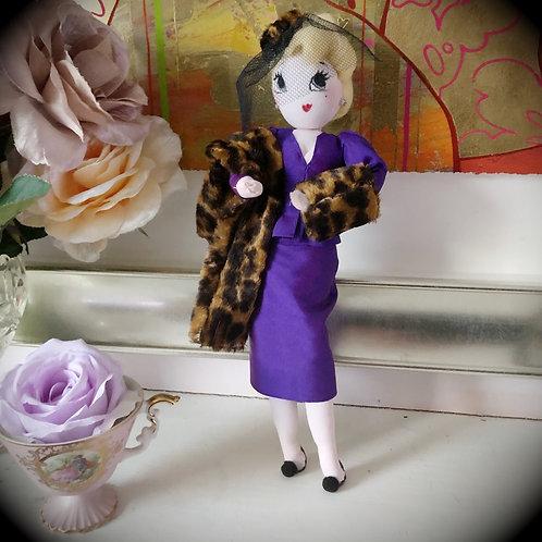 Mildred Pumblechook (Deluxe)