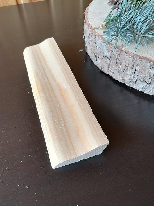 Плинтус сосна 16х42 мм