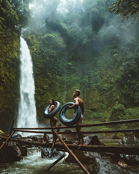 Couple en cascade