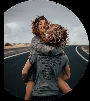 GRAPHI-TEE endorsed by Perpetua. La prima maglietta tinta con polvere di grafite riciclata