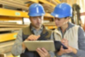 shutterstock_251010259 training in wareh