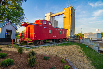 Wabash Train, Downtown Moberly