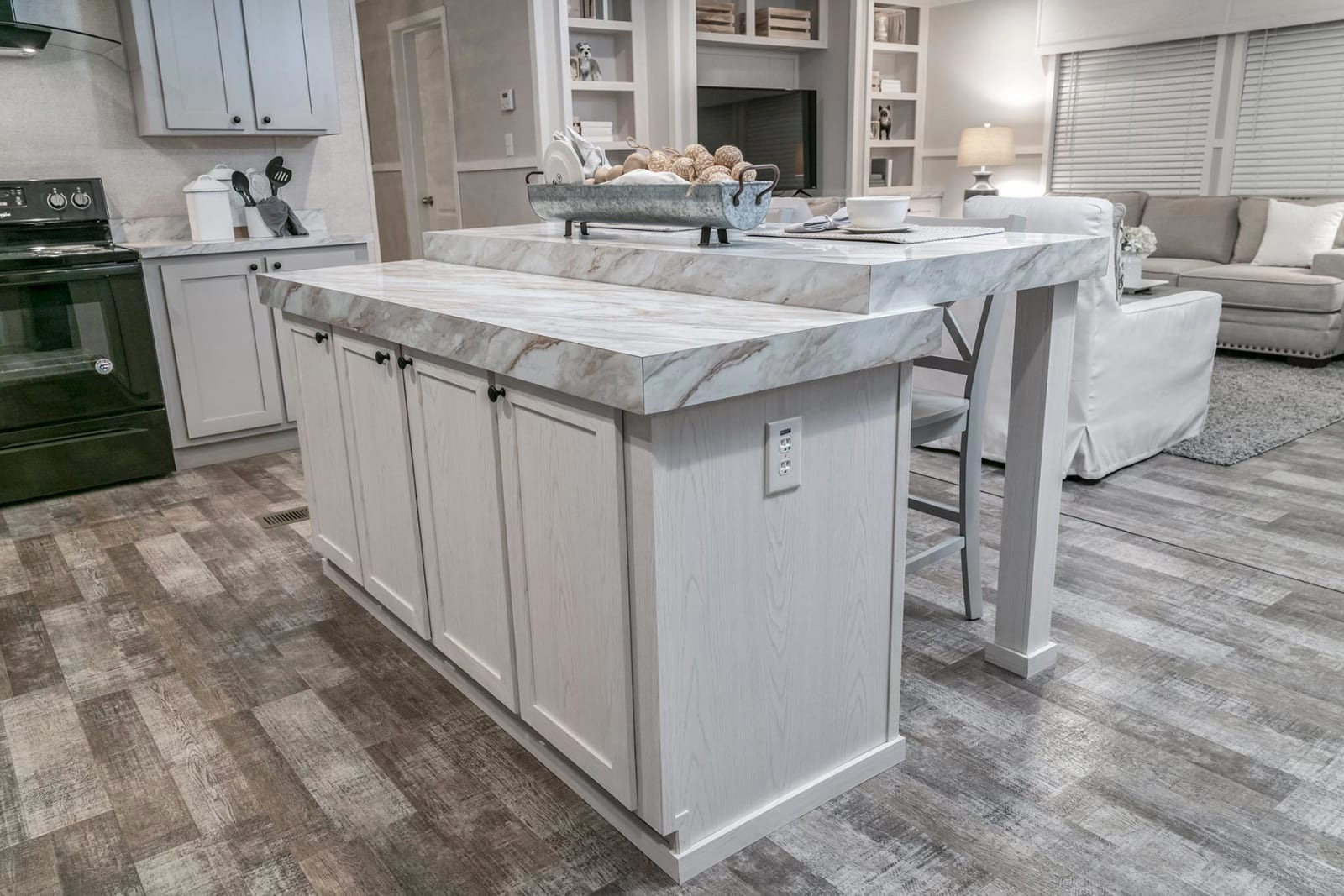 COMMONWEALTH-216-KITCHEN-ISLAND