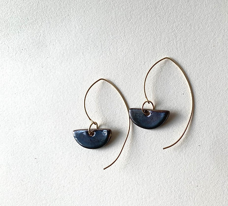 black mini moon earring
