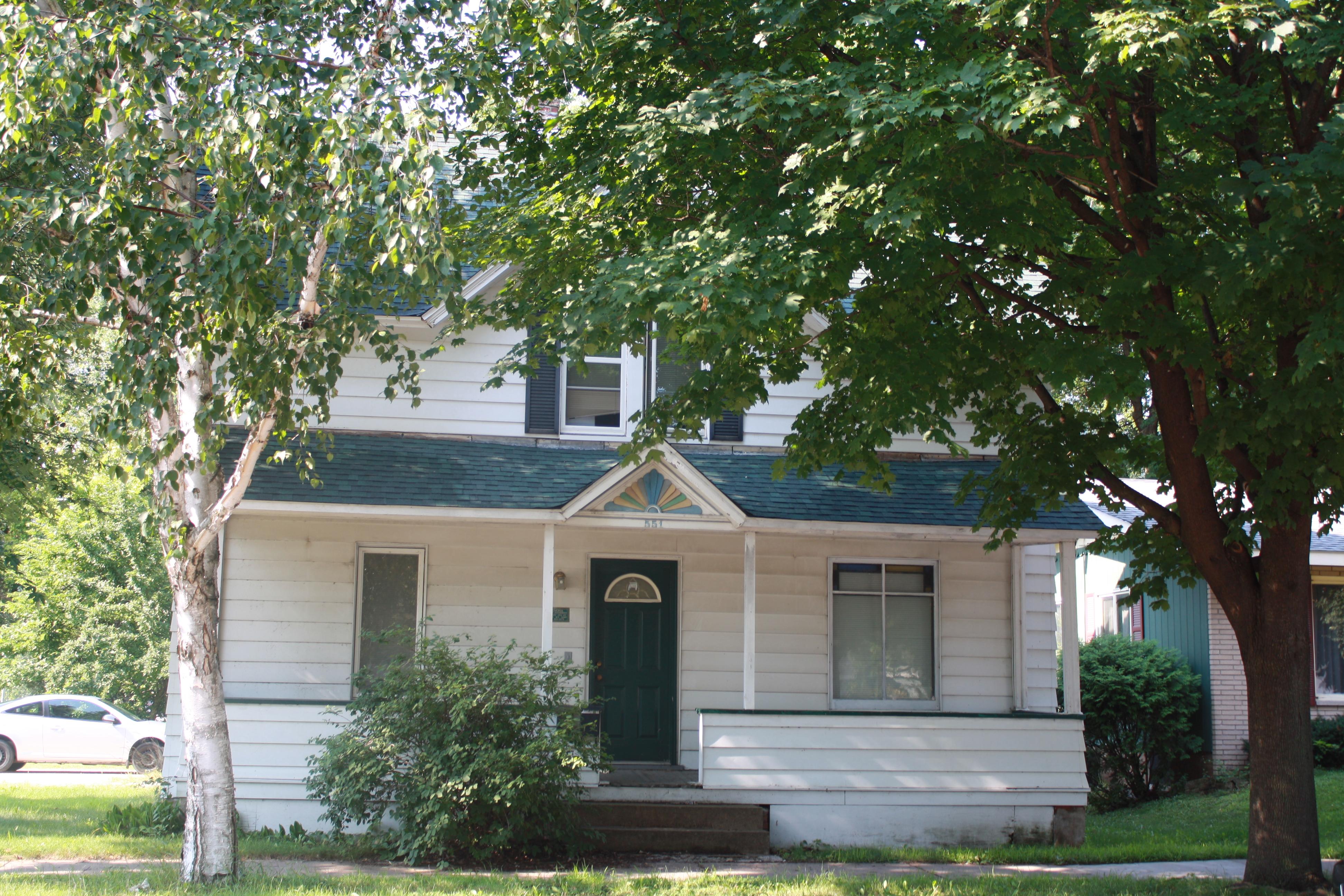 551 W. Mill St. -1