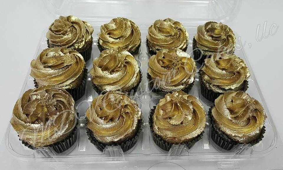 Golden Opulence Cupcakes