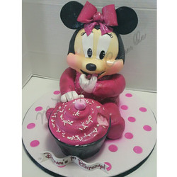Sculpted Minnie Mouse
