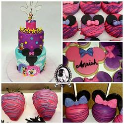 Minnie's Clubhouse Cake