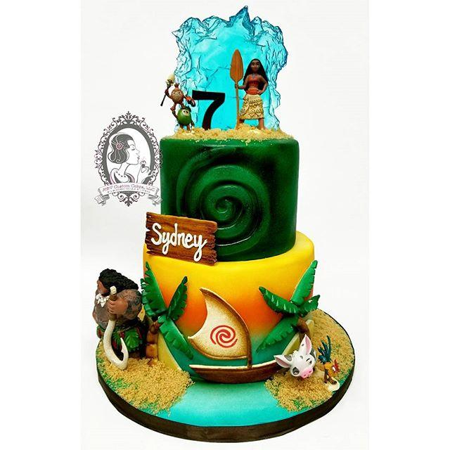 Moana Inspired Cake