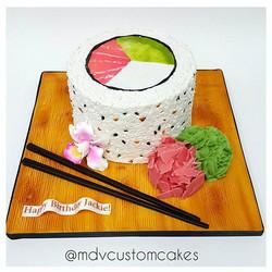Tres leche Philadelphia Sushi roll Cake_#philadelphiasushiroll #sculptedcake #mdvcustomcakes #mdvcus