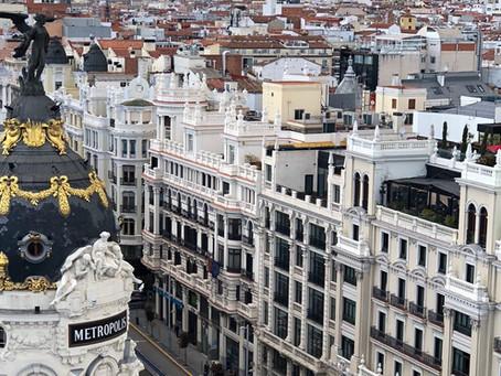Madrid: Neighbourhoods, Food, Drinks & Day Trips