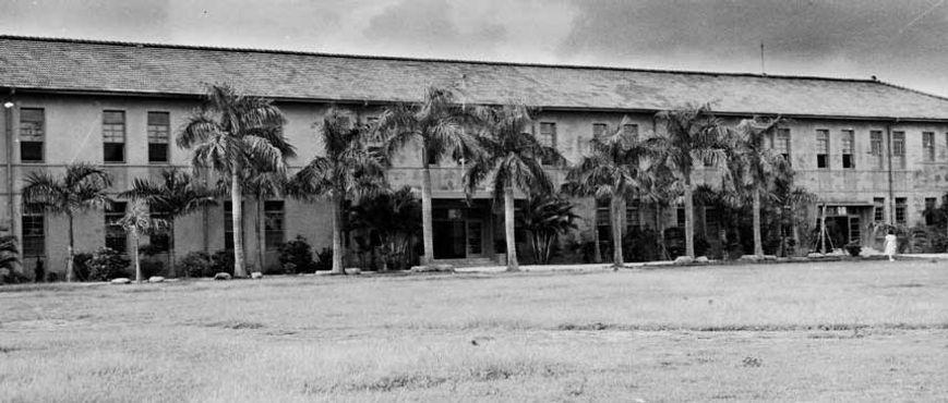 民國44年10月第一棟校舍完成.jpg