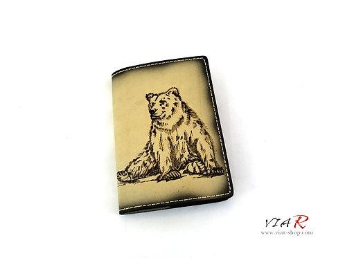 """Паспортная обложка  """"Медведь"""""""